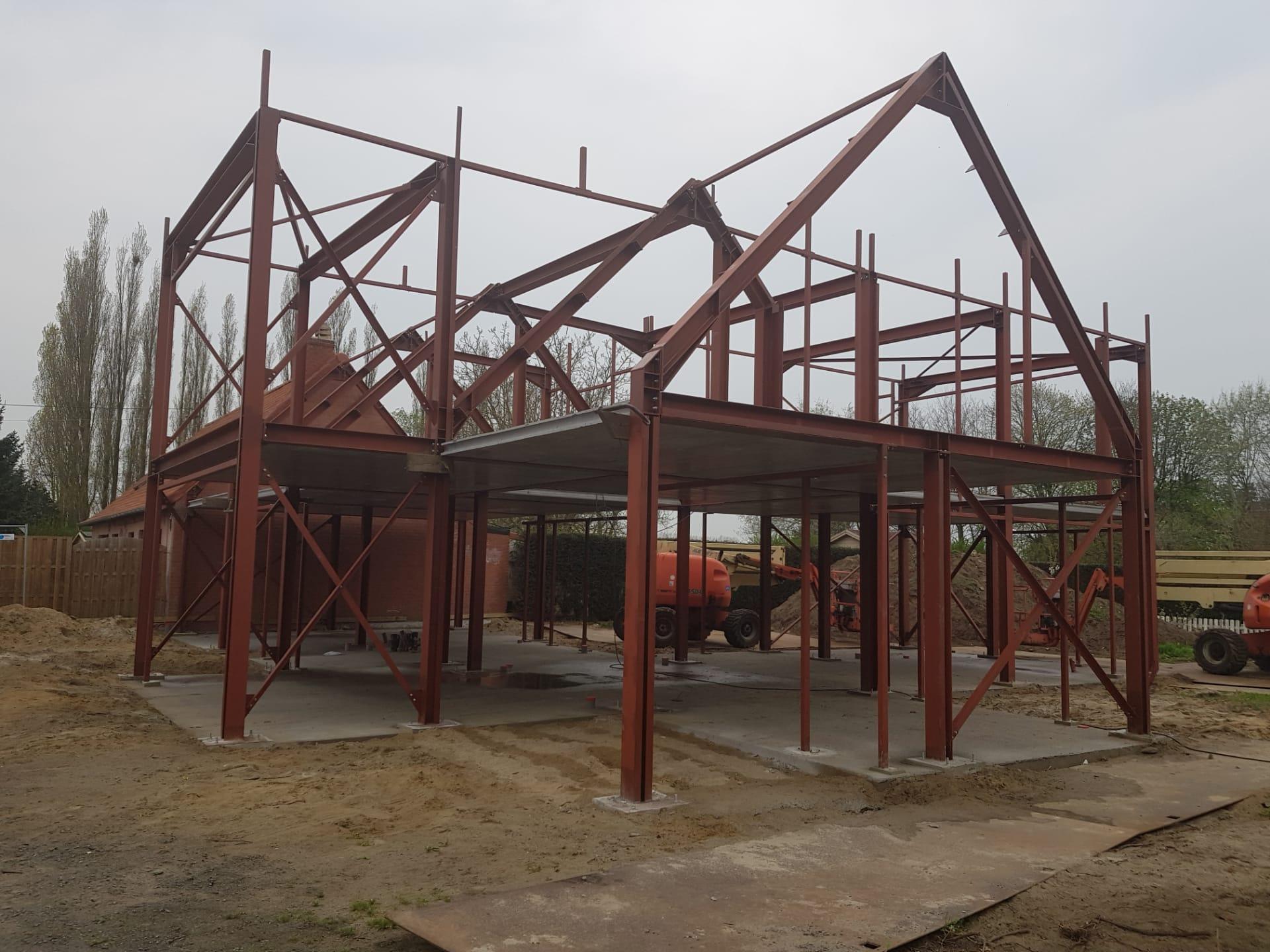 Staalbouwwoningen en industriebouw
